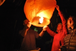 Fun With Sky Lanterns 1